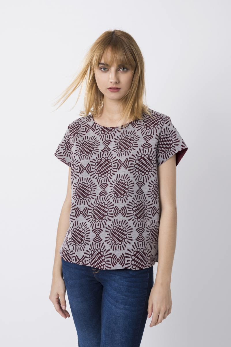 Geometric Print Top Bordeaux and Gray