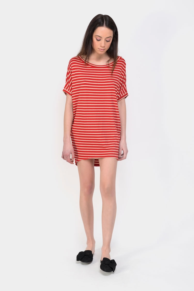 red shine dress