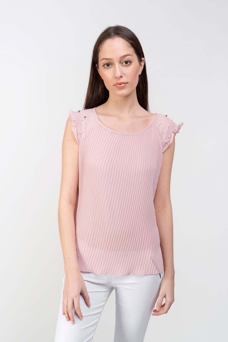pleated blouse with pearls