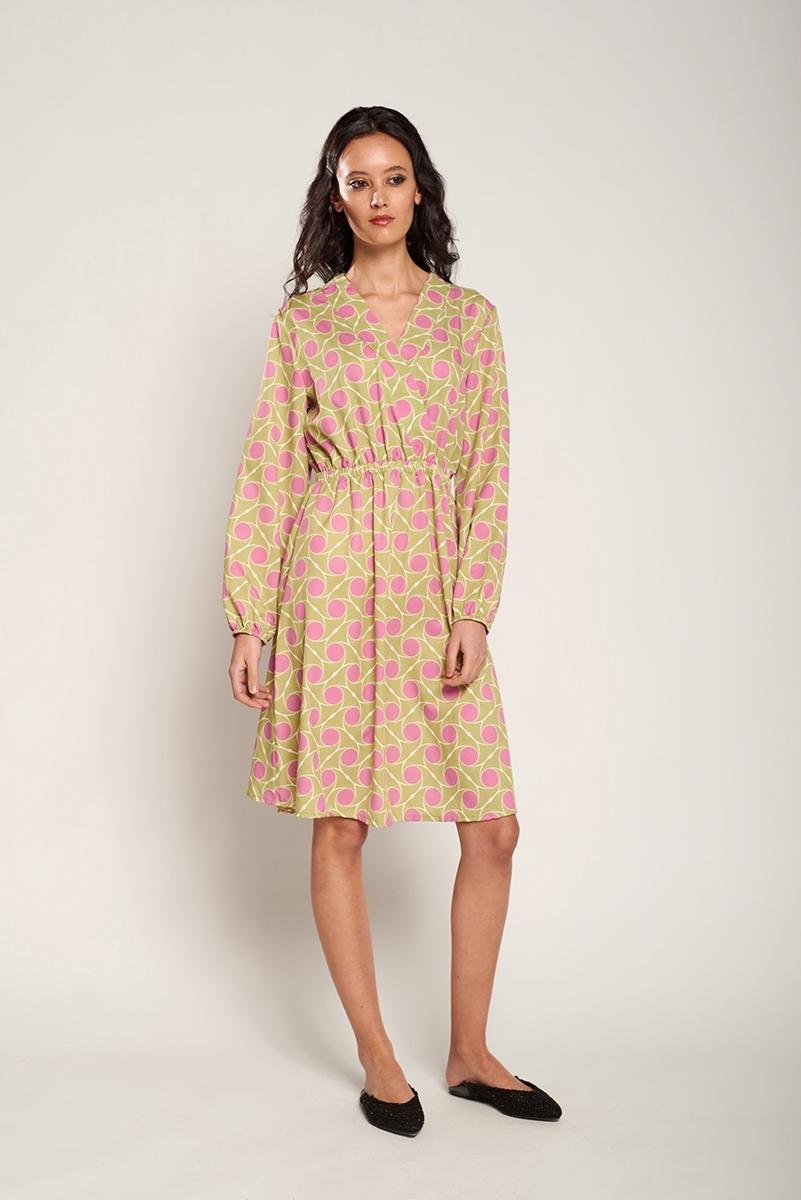 Neckline velvet dress