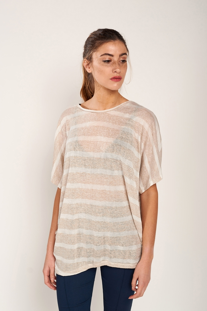 Camiseta textura drapeada