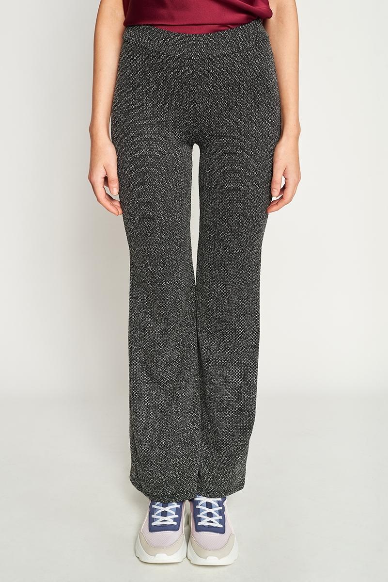 Flaré embossed pants