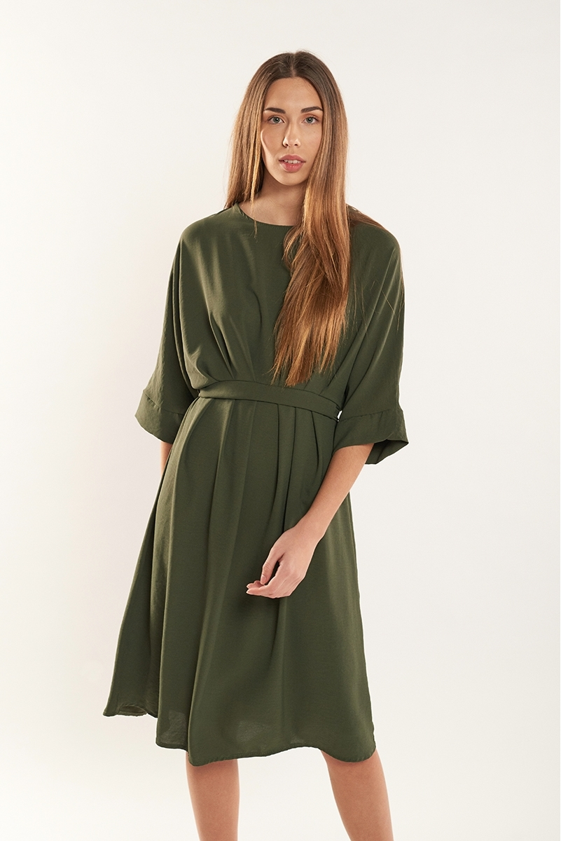 Flowy dress with adjustable waist