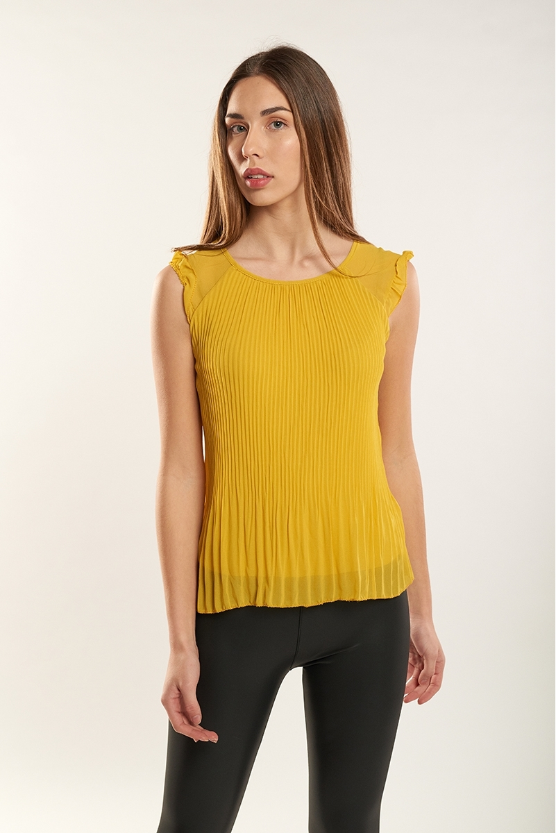 Sleeveless micro-pleated top