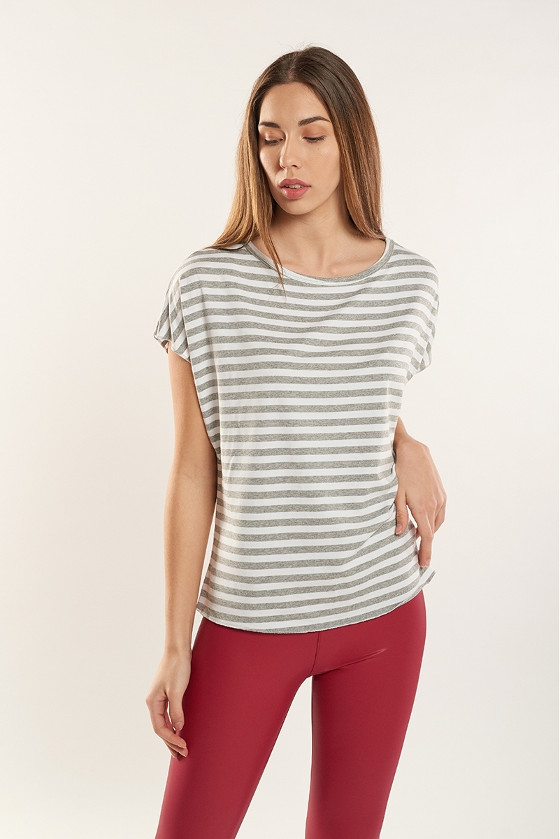 Striped back slit top