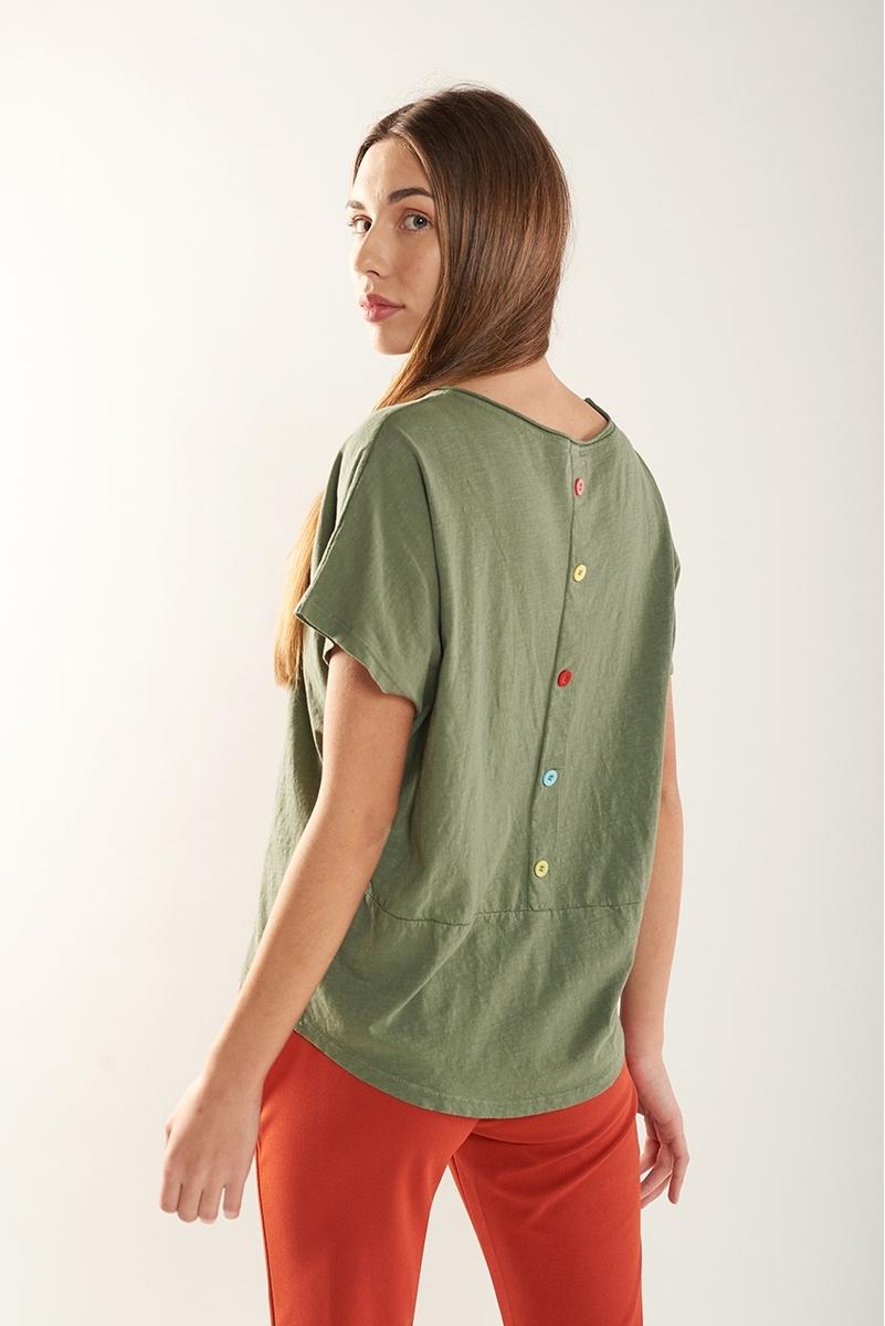 Camiseta botones espalda