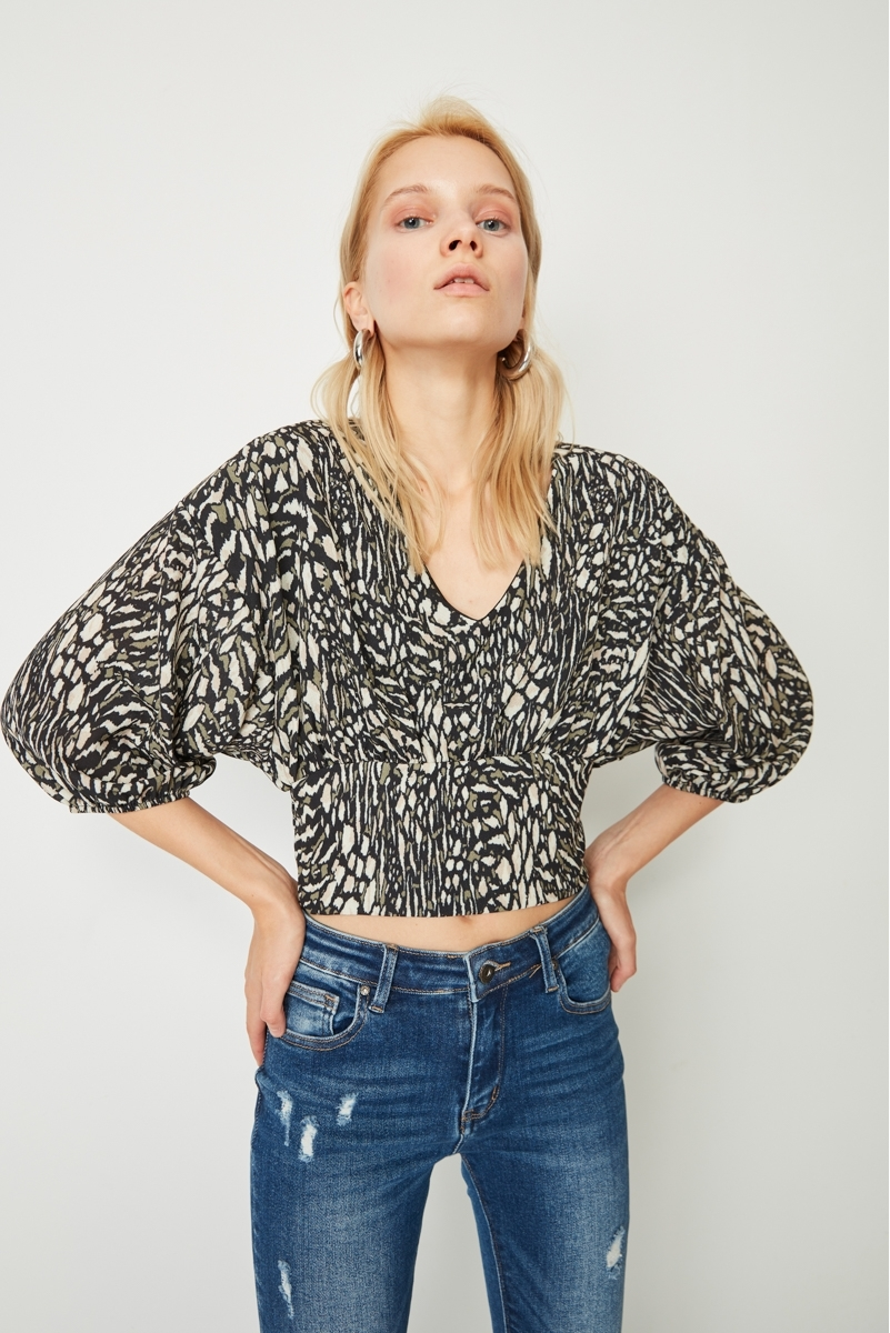 BEE'S NEST WAIST TOP